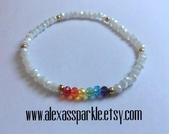 Pride LGBT white crystal bead bracelet - Pulsera de piedritas de cristal blanco colores Pride LGBT
