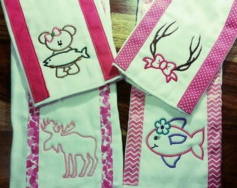 Personalized Burp cloths - embroidered burp cloth - baby gift - burp rag - baby girl burp rag, burp cloth, outdoor burp cloth