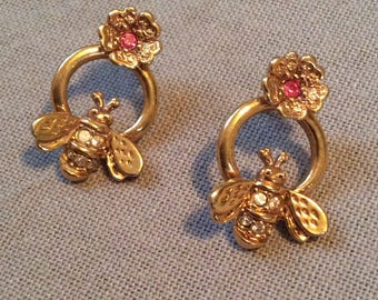Vintage bee earrings with jewels