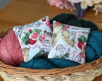 Lavender Sachets, Value Pack of 4 Organic Lavender Pillows, Dried Lavender for Yarn Storage