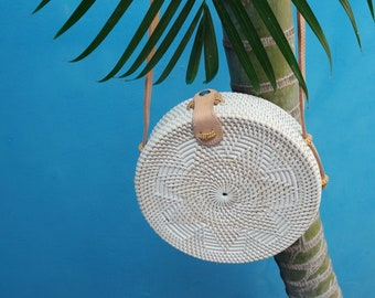 Large Size Womans Round Straw Bag. Woven straw bag. Round Rattan Bag