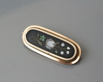 Beautiful antique Pietra Dura gold filled brooch.