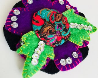 embroidery brooch - embrodery