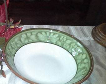 Stangl Pottery - Blossom Ring Serving Bowl Green and White