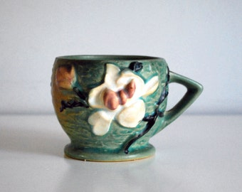 Roseville Magnolia Mug, American Art Pottery, Green Coffee Cup, 1940s Fine Art Ceramics, Cottage Chic Decor, White Flower, Antique Teacup