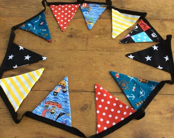 Pirate Bunting  12 Flags