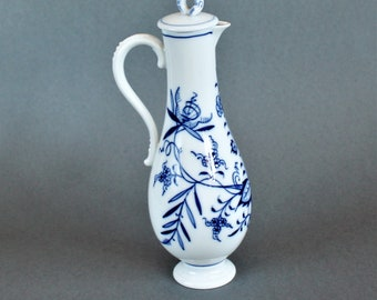 Meissen - Blue Onion - Porcelain Carafe / Decanter - Dark Blue Colors -1950's -Porzellan Porcelaine Store -Zwiebelmuster VintagesStoreDesign