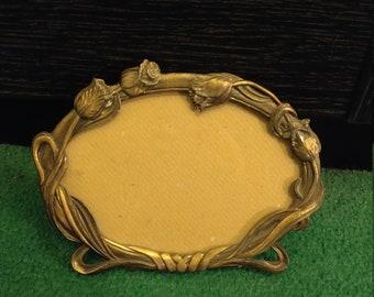 vintage antiqued brass oval floral photo frame