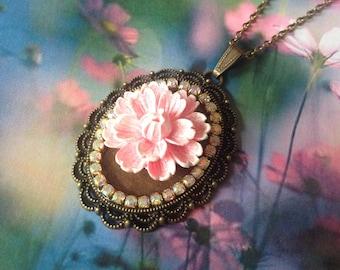 Pastel Pink Flower necklace