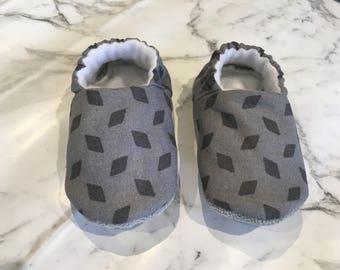 Grey Fleck Moccs
