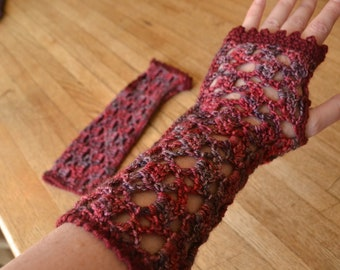 Medium Arm Warmers / Gauntlets