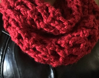 Cranberry Red Infinity Scarf/Cranberry Red Loop Scarf/Cranberry Red Circle Scarf/Cranberry Red Knitted Scarf