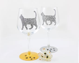 Cat wine glasses - Hand painted stemmed wine glasses - Set of 2