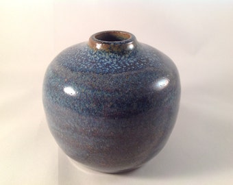 Blue Mist Stillness Vase