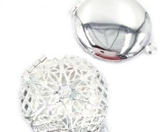 Aromatherapy locket-Essential Oil Diffuser Locket Pendant-Prayer Box-Filigree Locket Pendant - Essential Oil Jewelry