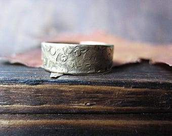 Wide Band Brass Textured Minimalist Ring Earthy Rustic Boho Ring Artisan Hammered Metalwork Simple Ring Wife Christmas Gift Boho Wedding