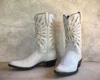 Vintage Acme white cowboy boots Women's Size 6 C cowgirl boots gold inlay white leather