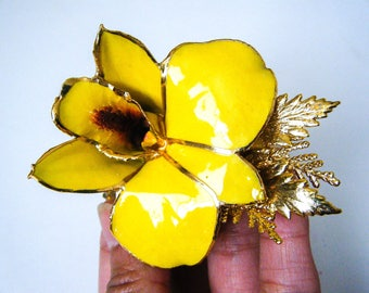 Vintage Yellow Orchid Flower Brooch W/ 24k Gold , Enameled Pin, Flower, Art Deco, Orchid Pin, Vintage Brooch, Vintage Gold Accessories, Gift