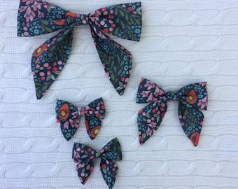 Trailing blooms - PRESALE - Sailor Bow