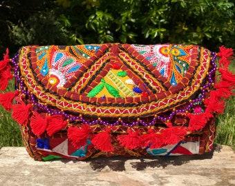 Embroidered Afghani bag, vintage boho bag, Gujarati bag, Indian bag, Banjara bag, crossbody bag, bohemian bag