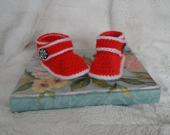 Baby slippers, baby booties (booties ONLY)
