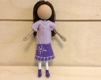 Iris - Pocket doll - Dollhouse doll - Miniature doll - Bendy doll - Faceless doll - Waldorf doll - Montessori toy