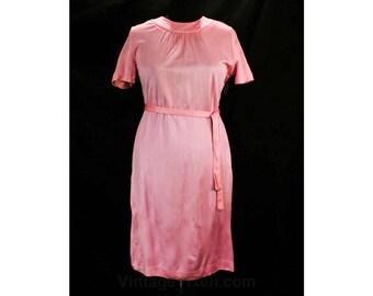 Size 12 Pink Dress - As Is Large 1960s Jersey Knit Dress - 60s Short Sleeved Sheath & Tie Belt - Preppie Cute - Salvage - Bust 40 - 49409