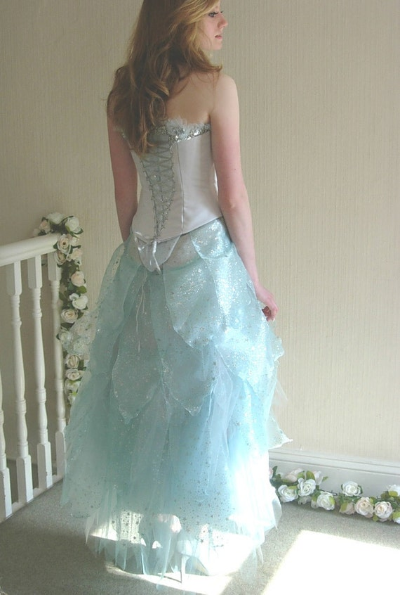 Luxury Tinkerbell Wedding Dress Image - Wedding Dresses and Gowns ...