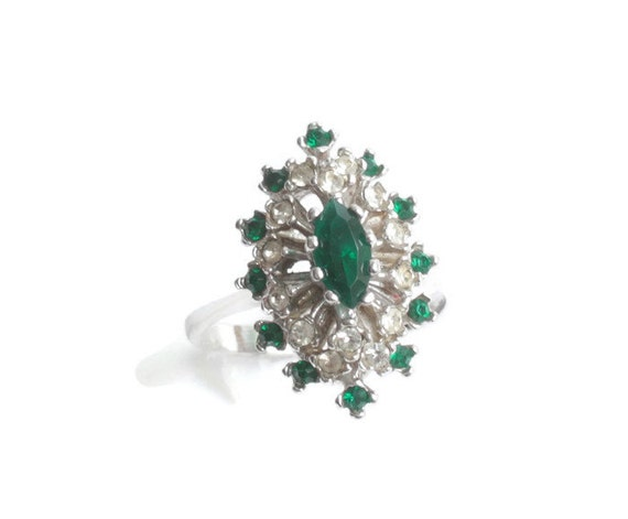Green Crystal Rhinestone Ring Clear Accents 18K HGE Size 7.25 Vintage