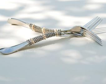 Wedding cake fork set, Mr Mrs forks beaded, silver and gold engraved cake forks custom made dessert forks bride & groom gifts for the couple