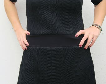 black dress, dress for everyday , for party , elegant and casual, must have winter dress
