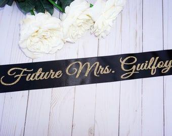 Bachelorette Sash, Bridal shower gift, Bride gift,Bachelorette gift, Bride sash,Bachelorette party sash, Bachelorette sash,Personalized sash
