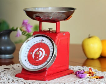 Kitchen Scale - Vintage Scale - Red Metal Scale - Kitchen Balance - Old Balance Scale - Kitchen Decor - Rustic Kitchen - Housewarming Gift