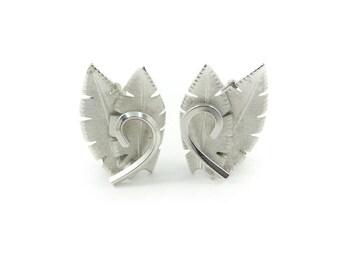 Vintage Leaf Earrings, Silver Tone, Clip Ons, U68