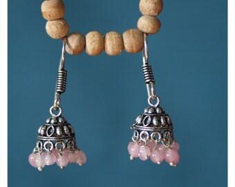 Luara, earrings with oriental charm