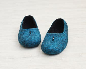 Felted women slippers / house shoes / flat ballerinas / mothers day gift / felted flats / comfortable woolen slippers