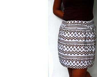 Tribal Skirt, Mini Skirt in white and brown tribal pattern, short skirt with pockets