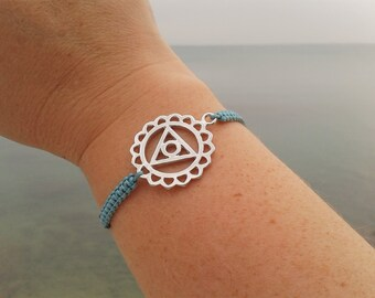 THROAT CHAKRA bracelet in Tibetan silver and macrame cord. FIFTH Chakra Bracelet. Chakras Jewelry. Reiki Jewelry. Yoga teacher gift.
