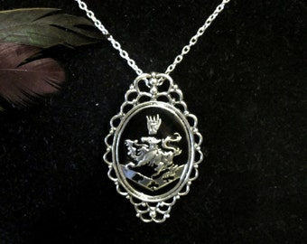 Cullen Vampire Family Crest Antique Silver Pendant Necklace; Symbol for Strength, Ferocity, Faith, Sincerity and Perpetuality
