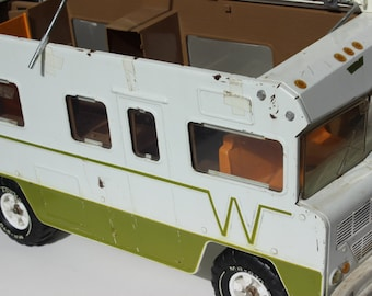 Vintage Indian Winnebago Recreational Vehicle MR 970 RV Vintage RV Travel Van Green and White Miniature Winnebago Barbie Car The Middle Bago
