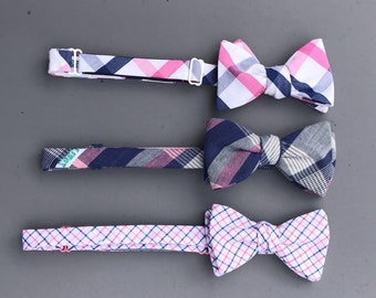 magenta and true blue bow tie wedding mix and match set  // self tie plaid bow ties // pink and blue groomsmen bow tie