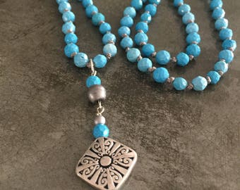 Faceted Turquoise Handknotted Necklace Earrings Set