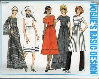 RARE Vintage Vogue Basic Design Sewing Pattern - 2505 ca.1971 - Uncut - Factory Folded