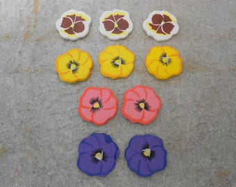1 set of 10 flowers for scrapbooking or homedeco wooden