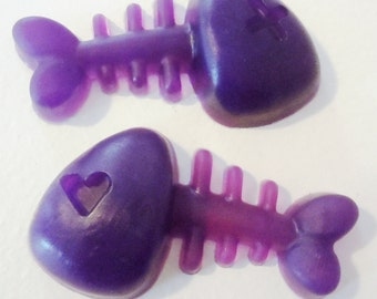 2 Fishbone ORGANIC Vegan Soaps - Sweet Pea Scent - Birthday