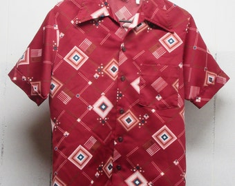 I Am C-o-o-l, wearing this Mr Jan Geometric Shirt from the 70's !!     Size M