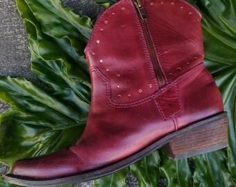 Vintage oxblood leather western bootie size 7.5