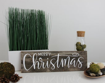 MERRY CHRISTMAS hand lettered sign