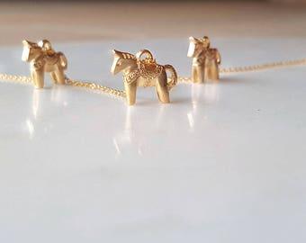 Minimal 18k Gold Horse necklace,Dala Horse Necklace,Swedish Horse,minimalist necklace,Bridesmaid Gift,Mothers day Necklace, birthday gift
