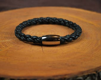 "Men's Leather Braclet -- Fits 7-3/4"" Wrist"